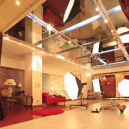 Lava店鋪音樂渲染氣氛,讓攝影工作室更有意境